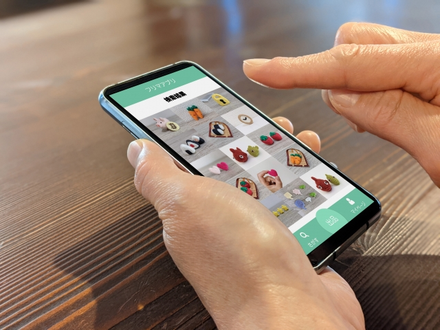 フリマアプリの画面イメージ